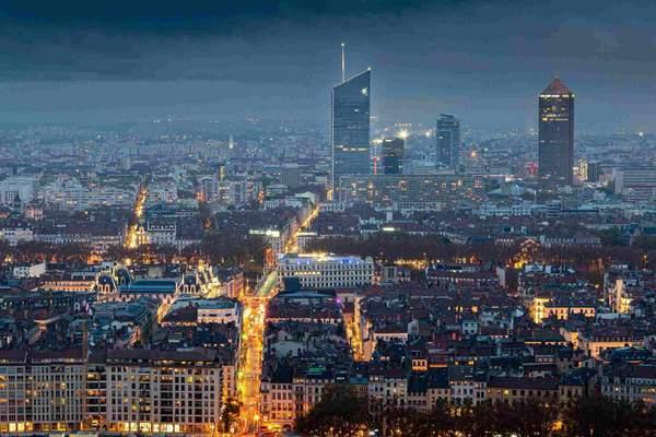 Valorisation post covid de café hôtel restaurant et bar à Lyon